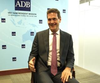 Giám đốc ADB: Chính phủ đã phản ứng nhanh chóng, điều hành linh hoạt