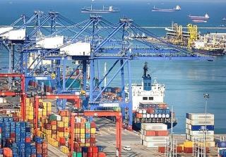 Xuất nhập khẩu đạt tăng trưởng kỷ lục trong 4 tháng đầu năm