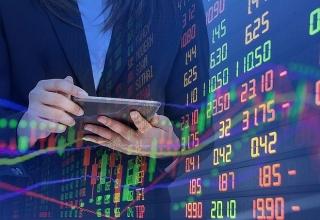 Cổ phiếu ngân hàng tiếp tục tạo