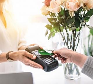 Vietcombank miễn phí phát hành thẻ ghi nợ năm 2020