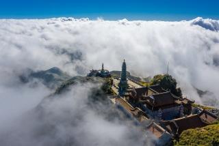 Vì sao những ngôi chùa thiêng thường được dựng trên núi