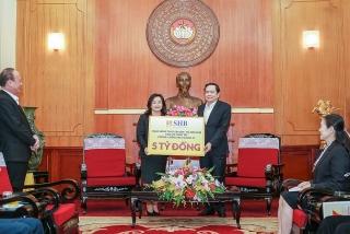 T&T Group, SHB, Hanoi FC ủng hộ bệnh viện 4,5 tỷ đồng