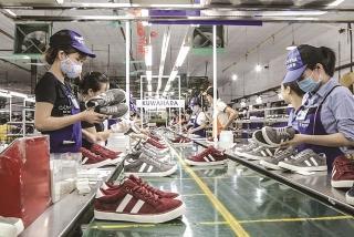 Đề xuất giải pháp mạnh hơn để giữ chân lao động