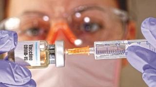 Tiếp cận thuốc và vắc-xin phòng dịch Covid-19