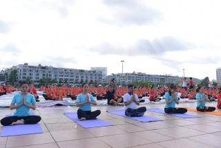 Tổ chức Ngày Quốc tế Yoga lần thứ 7 qua nền tảng trực tuyến