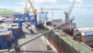Gỡ nút thắt phát triển kinh tế biển