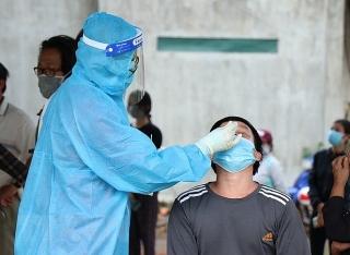 Ngày 2/10, Việt Nam ghi nhận 5.490 ca mắc mới COVID-19, 28.857 ca khỏi bệnh