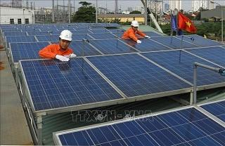 Chuyển dịch cơ cấu năng lượng để phát triển bền vững
