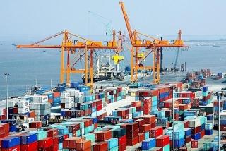Xuất khẩu giảm, Việt Nam vẫn xuất siêu 2,8 tỷ USD trong quý I