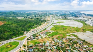 Bất động sản ven biển Quảng Ngãi: Khu vực nào đang là tâm điểm thu hút đầu tư?