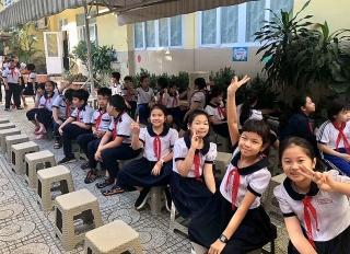 TP.HCM: Học sinh tựu trường ngày 1/9