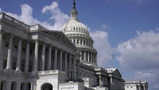 Hạ viện Mỹ thông qua việc nâng trần nợ ngắn hạn, ngăn chính phủ vỡ nợ