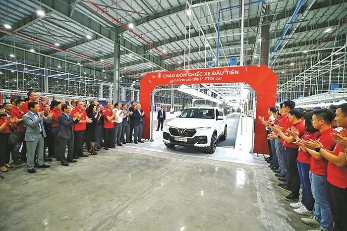 """Công nghiệp ô tô Việt Nam: """"Bắt nhịp"""" vào sân chơi hội nhập"""