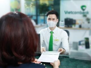 Vietcombank đồng hành cùng khách hàng: Hợp lực giúp phục hồi kinh tế