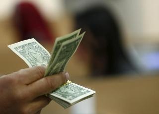Tỷ giá ngày 24/11: Bạc xanh giảm giá trước triển vọng Mỹ có thêm kích thích tài khóa